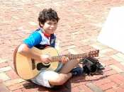 061518_Buskers03