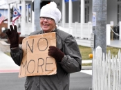 022119_PeaceProtesters03