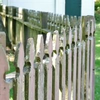fence005