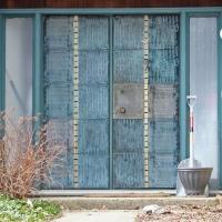 frontdoors01