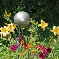 gardenballs06