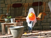 ysnews_qc_halloweendecor03