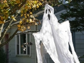 ysnews_qc_halloweendecor08
