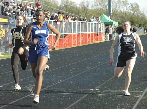YSHS sophomore Angela Allen finished third in the 100-meter dash in 14.36 and won the discus throw at the Bulldog Invite last Friday, May 6. (Photo by Lauren Heaton)