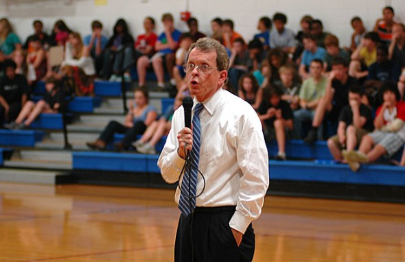Ohio Attorney General Mike Dewine told Yellow Springs High School students to be independent thinkers at an assembly on Wednesday. (Photo by Megan Bachman)