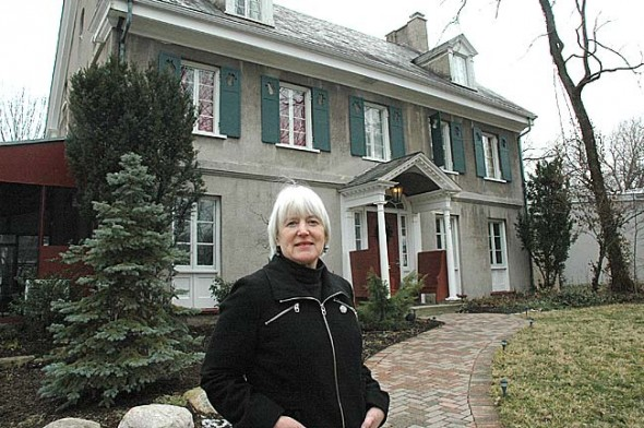 Susanne Oldham, owner of the Arthur Morgan House Bed and Breakfast, hopes to sell the property and business on Limestone Street and do more traveling. (Photo by Lauren Heaton)