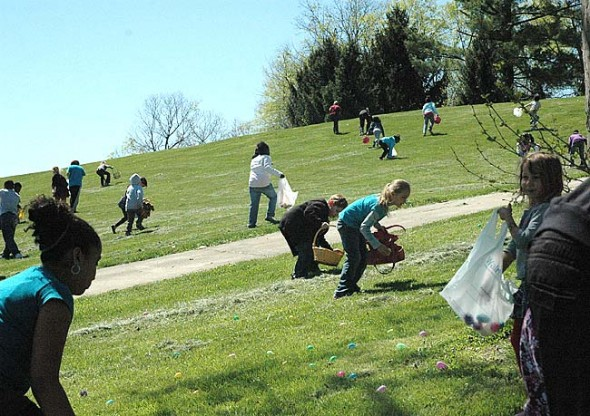 The Easter Bunny will grace the slopes of Gaunt Park again with hundreds of brightly colored Easter eggs this Saturday.