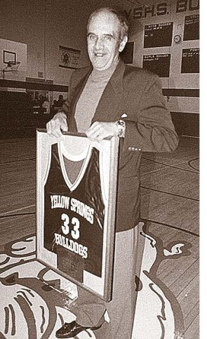 Local basketball legend Charlie Coles, a celebrated basketball coach at Miami University, died last week. Coles was honored at Yellow Springs High School in 2000 with the retiring of his jersey #33. He broke records in single-game and season scoring while at Bryan High School in the late 1950s and led the 1972 YSHS boys team to a district title. (Photo from the News Archives)