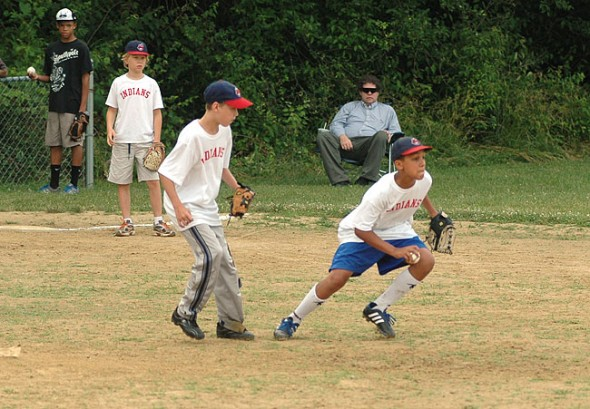 The YS Youth Baseball, Inc. annual meeting will be held on April 29, in preparation for this summer's season. YS Youth Baseball is a recreational league for boys and girls ages 7–11. (Photo by Suzanne Szempruch)