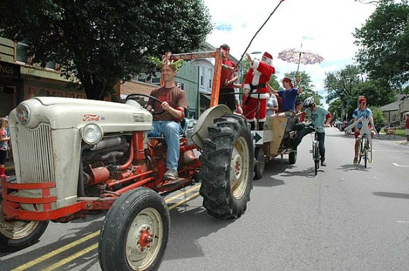 A smaller than usual but still enthusiastic crowd greeted Saturday's rescheduled 4th of July parade last weekend. (Photo by Diane Chiddister)