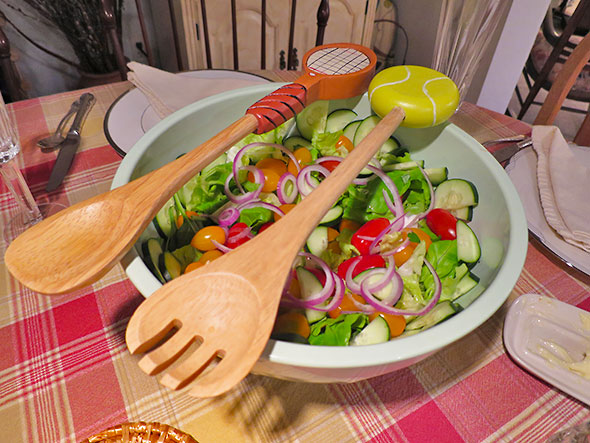 salad tennis tongs