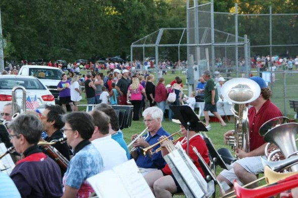 The Yellow Springs Community Band played while people enjoyed the beautiful evening on Friday in great anticipation for the fireworks! (photos by Suzanne Szempruch)