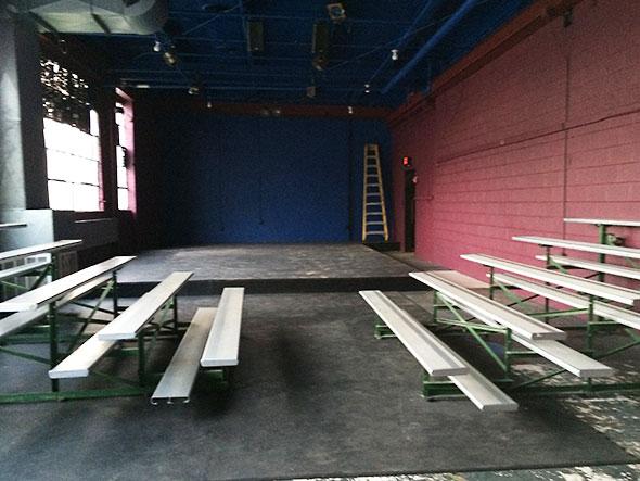 smallTheater