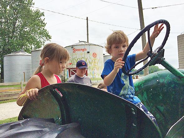 tractor buddies