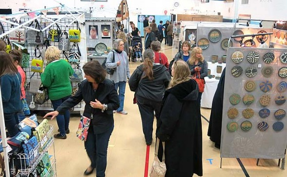 Last year more than 850 people attended the Art & Soul art fair which features high-caliber local and regional artists selling fine arts and crafts across many price ranges. This year's fair is 10 a.m. to 5 p.m. Saturday, Nov. 15, at Mills Lawn School gym. (Submitted photo)