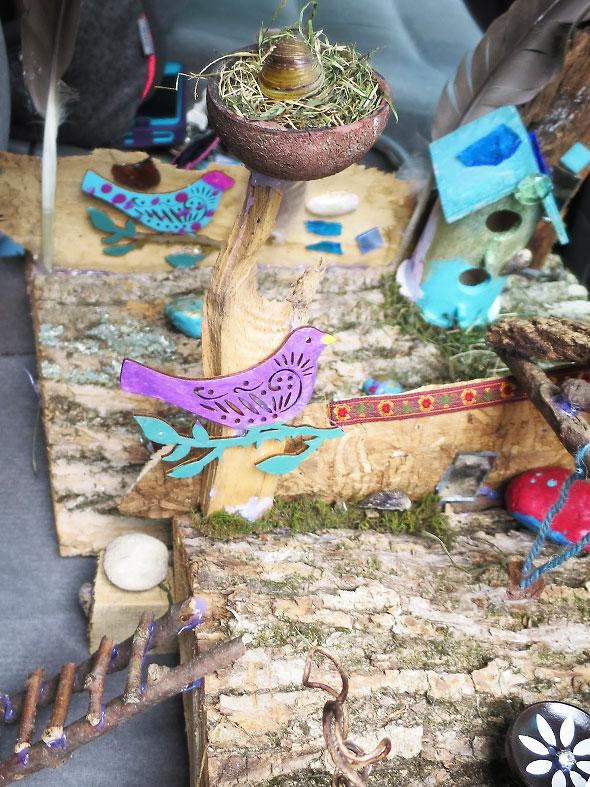 bird and its nest