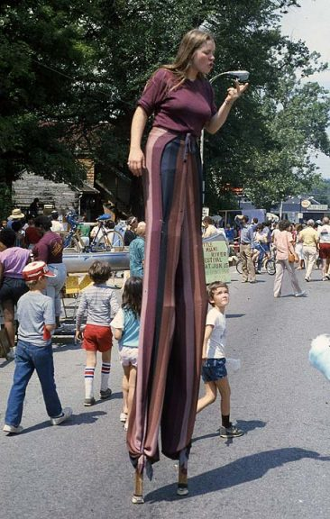 An unidentified daredevil takes a long walk during a street fair in 1988. The perspective would be welcome these days, as the event has grown significantly. (Photo by Irwin Inman, via Antiochiana)