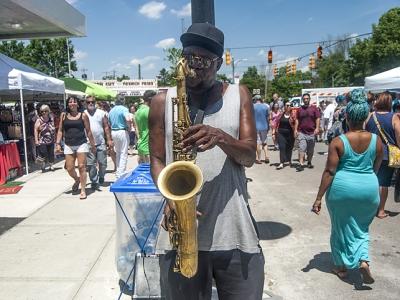 Yellow Springs Street Fair: Blue notes, blue skies