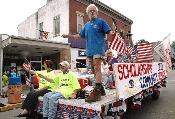 Richard Zopf whipped up patriotic fervor for the Odd Fellows, who organized 4th of July parade and fireworks. (PHhoto by Diane Chiddsiter)
