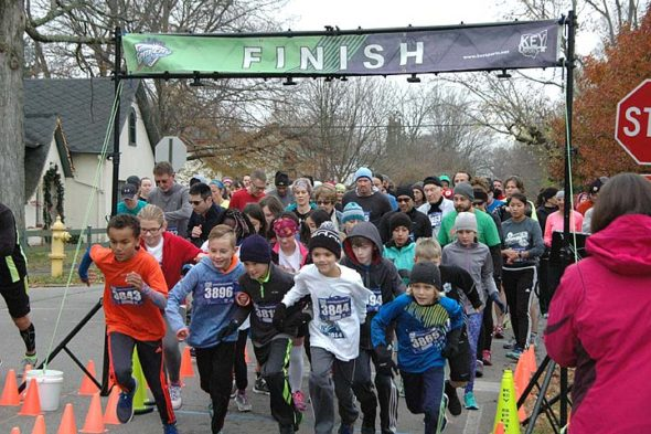 The start of the Bulldog 5k. (Photo by Audrey Hackett)