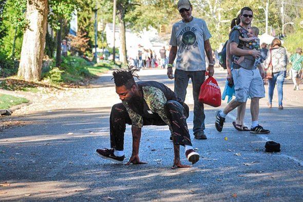 Street Fair dancer (Photo by Aaron Zaremsky)